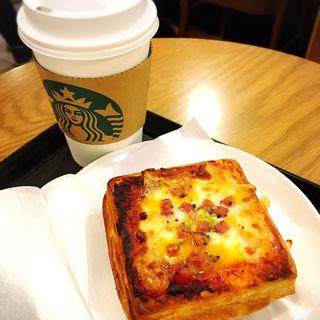 ピザデニュッシュ(スターバックスコーヒー エキュート立川店 (STARBUCKS COFFEE))