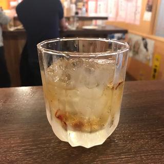 スパイシー梅酒(立呑 稼鶏酒場)