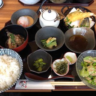 鯛茶漬け天ぷら定食(凛火 新宿東口店 )