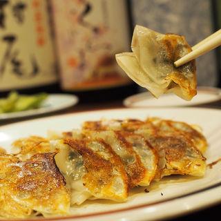 焼き餃子(菜遊豈 (サイユウキ))