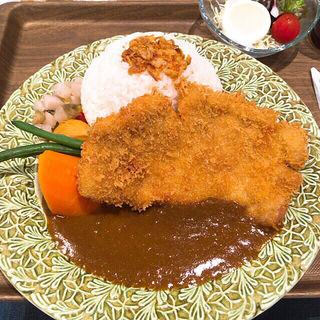 カツカレー(アルペンジロー 元町店)