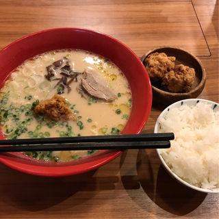 白セット(鶏ラーメン+唐揚げ+ご飯)(肉MUSCLE スグル)