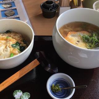 親子丼セット(きくらげ天)(丸天うどん専門店 万平)