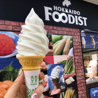ミルクソフトクリーム(北海道フーディスト 新宿京王百貨店)