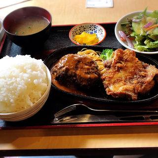 ハンバーグ & チキングリル(ごはん大盛り)(衣笠 (定食レストラン))