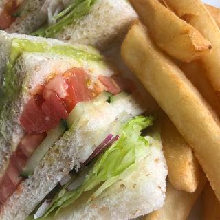 野菜とアボガドピューレのサンドイッチ(ザ・ラウンジ ウェスティンホテル東京)
