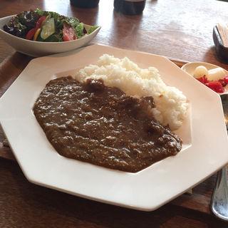牛すじカレー(レストラン アンバー オハナ)