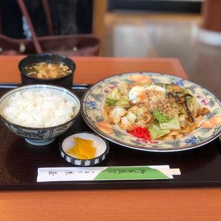 みそ焼きうどんセット(京屋寿司店 )