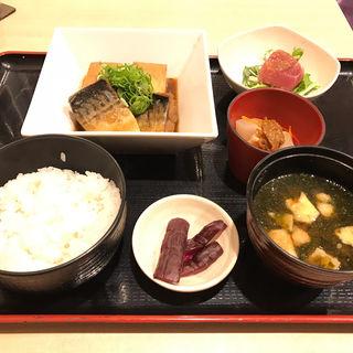 煮魚定食(日本酒・和食処 神田 木花 (【旧店名】炭火割烹 神田 木花))