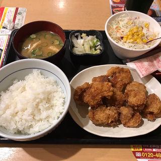 唐揚げ定食(10個)(なか卯 東京駅北口店 )