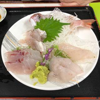 地魚刺身盛合せ(魚市場食堂 )