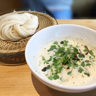 ビシソワーズとカレーつけ麺(讃岐うどん 茶ぶ釜)