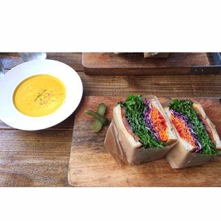 サンドイッチ ベジタブル(エスデミック カフェ)