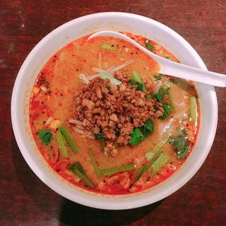 坦々麺(南国亭 新宿店 (なんごくてい))