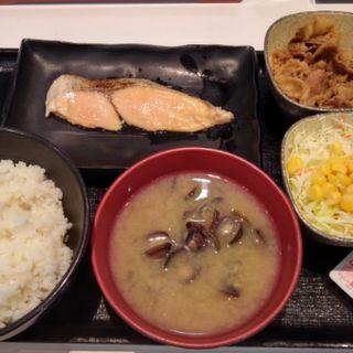 焼魚牛朝定食