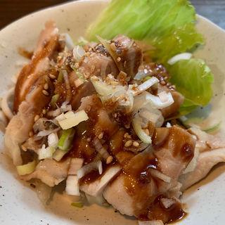 蒸し鶏(創作中華 秀荘 )