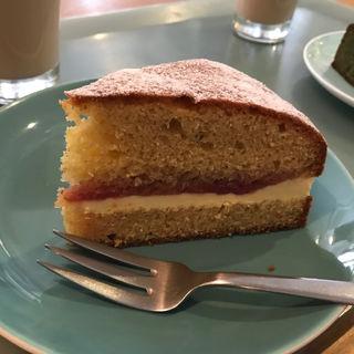 ビクトリアケーキ(Sunday bake shop)