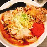 辛口肉ソバ「味噌」大盛りlv.4 唐揚げトッピング