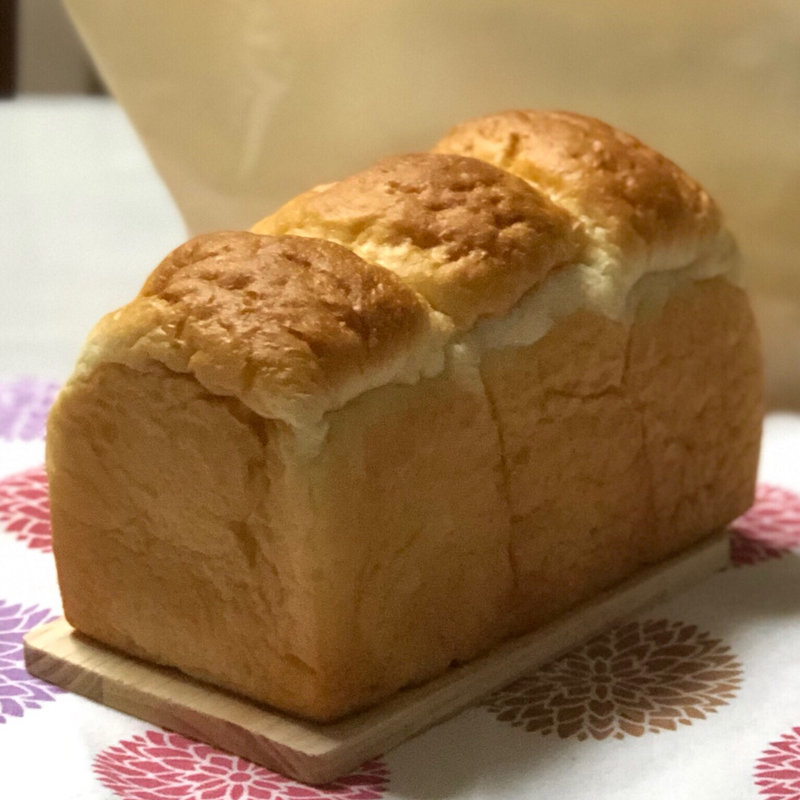 湯種食パン(PARADIS 小石川本店 (パラディ 【旧店名】コータヨシオカ パティスリーテーブル))
