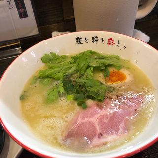 白湯らーめん(麺屋彩々 昭和町本店 (メンヤサイサイ))
