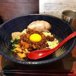 汁なし担々麵(麺道 しゅはり 六甲道本店)