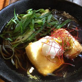 三原豆腐さんの揚げ出し蕎麦(筥崎 鳩太郎商店)