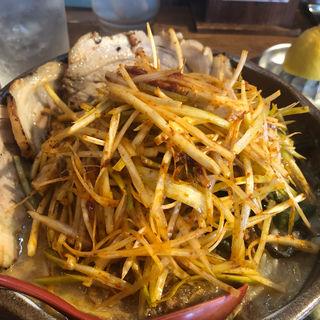 信州味噌炙りチャーシュー麺(芝山商店 )