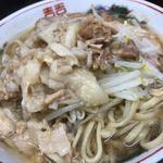 子豚(ラーメン二郎 横浜関内店)