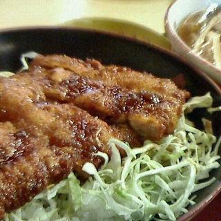 中華そばとミニソースかつ丼セット(めでたいや )
