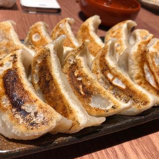 焼餃子(6個)(ダンダダン酒場 今泉店)