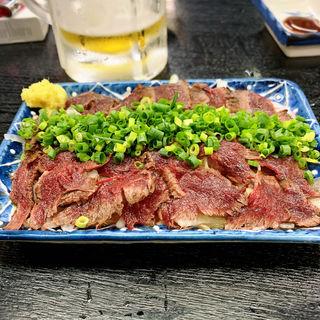 馬肉のタタキ(大衆割烹 藤八 (たいしゅうかっぽうとうはち))