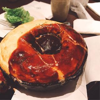 ハンバーグのせデミグラスソースオムライス(ビストロ タマ (Bistro Tama ))