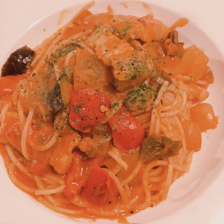 塩豚と野菜のトマトソースパスタ(ALI-OLI 亀岡)