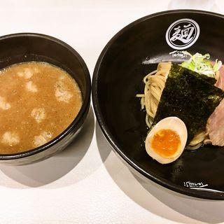 もつつけ麺(白)麺少なめ