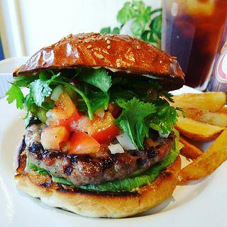 パクチーサルサバーガー(HELLO NEW DAY Hamburger)