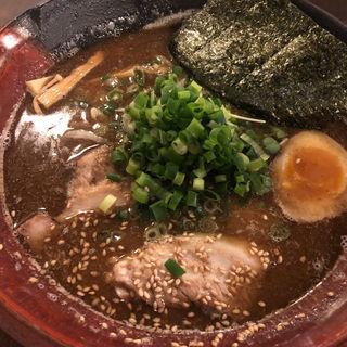 濃厚魚介焙煎ごまみそらーめん(吉山商店 札幌らーめん共和国店)