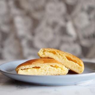 クリームパン(boulangerie Wada(ブーランジェリー ワダ))