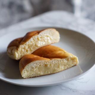 自家製カスタードクリームパン(エスト ヴィラージュ )
