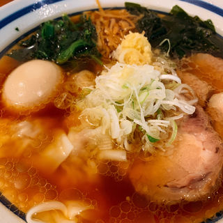 特製ラーメン 麺半分(波音食堂 (ナミネショクドウ))