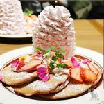 いちごと桜ホイップのパンケーキ