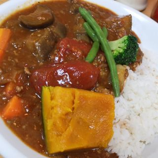 完熟トマトとなすの挽肉カレー(カフェ デ カリー (Cafe de Curry))