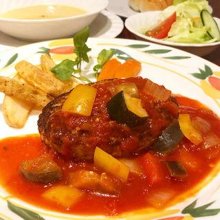 野菜たっぷりゴロゴロトマトソース(とくら(京都三条店))