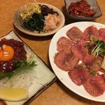 タン塩 桜肉ユッケ