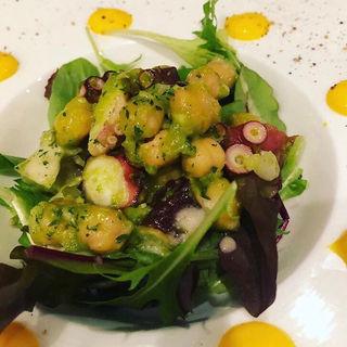 蛸とひよこ豆のサラダ(神のよだれ )