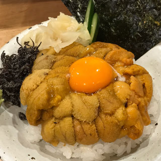 雲丹2種丼(うに虎喰 )