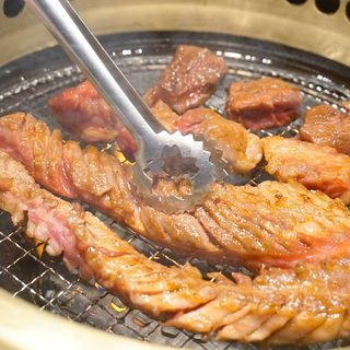 48品食べ放題の『3,080円(税別)コース』(焼き肉ダイニング ワンカルビ 春日店)