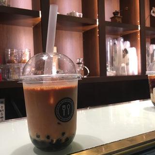 ロイヤルミルクティー(ボンカフェ 栄店 (BON CAFE))
