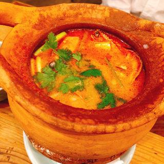 トムヤムクンスープ(タイストリートフード (THAI STREET FOOD))