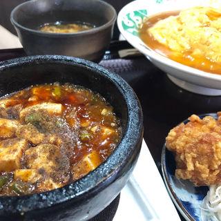 天津飯セット(四川麻婆 天天酒家 谷町店 (シセンマーボー テンテンシュケ))