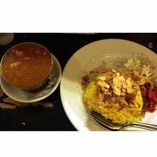 赤い鶏カレー(カレーは飲み物。)